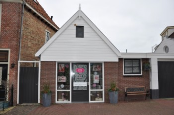 M2M-Looking-Good-Margrit-Meendering-PMU-Permanente-Make-up-nagel-wimper-salon-Ridderstraat-Medemblik